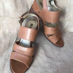 White Mountain Leather Sandals, 6 1/2M, dark tan